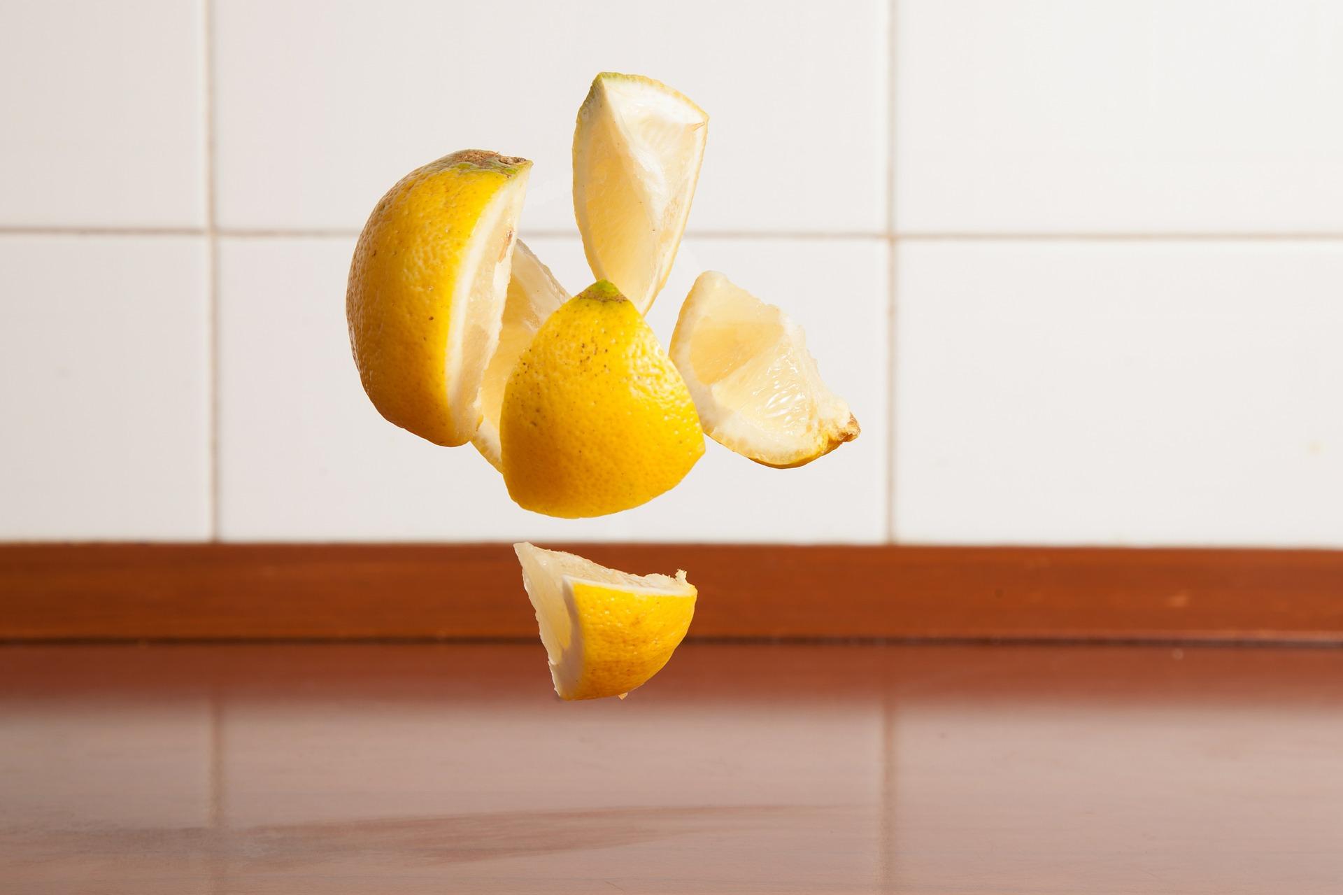 lemon-407173_1920
